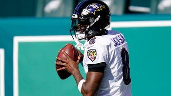 Lamar Jackson catches Eagles defenders sleeping, finds Nick Boyle for Ravens TD