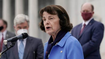Feinstein won't seek top Judiciary Committee spot after complaints from progressives