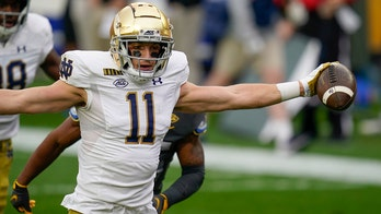 No. 3 Notre Dame rides big plays to 45-3 win over Pitt