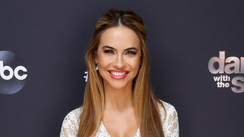 Chrishell Stause dedicates 'Dancing with the Stars' performance to late mom, dad