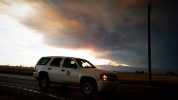 Colorado wildfire explodes in size, forces hundreds to evacuate