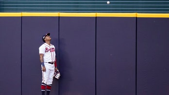 Braves' 1st playoff loss a doozy, 15-3 to LA in NLCS Game 3