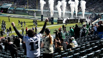 Eagles fans seen fighting in stands in return to Lincoln Financial Field