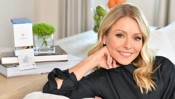 Kelly Ripa says 'clean living' likely helped her quit booze
