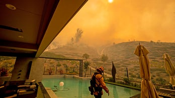 Santa Ana winds on Thanksgiving cause wildfire concern for Southern California residents