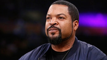 Ice Cube lashes out at 'SNL' for implying he's voting for Trump out of 'greed'