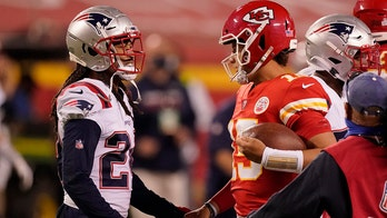 Patrick Mahomes on shaking hands with COVID-positive player: 'It was a little bit of a mental lapse'