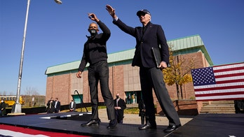 Obama, Biden make first joint appearance in Michigan