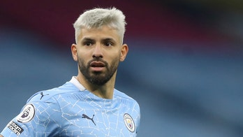 Manchester City's Sergio Aguero scrutinized for grabbing female referee during match