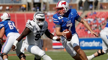 SMU gets late FG for 30-27 win over long-idle No. 25 Memphis