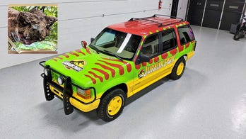 Jurassic Park Ford Explorer for sale has a scary surprise: see the pics