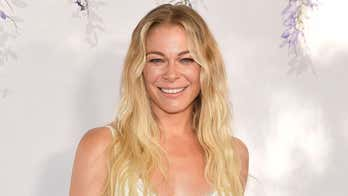 LeAnn Rimes bares all in post embracing her psoriasis: 'This is my time to be honest'