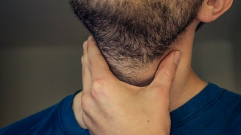 Researchers discover new glands in throat: study