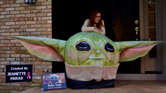 'Baby Yoda' pumpkin unveiled by Ohio artist, wants people to 'appreciate his cuteness'