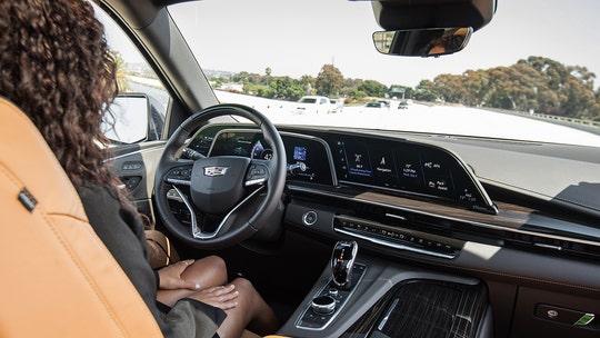 Cadillac Super Cruise beats Tesla Autopilot in Consumer Reports test