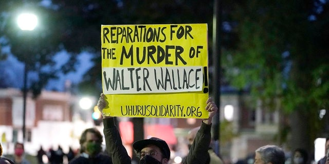Wallace family doesn't want police charged
