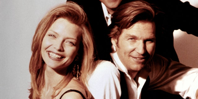 Michelle Pfeiffer (left) and Jeff Bridges (right) on the set of 'The Fabulous Baker Boys.' (Photo by Sunset Boulevard/Corbis via Getty Images)