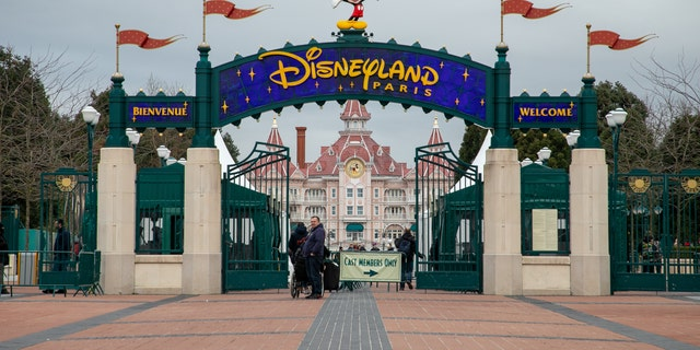 Disneyland Paris has shut down for the second time this year as France enters its second national lockdown.