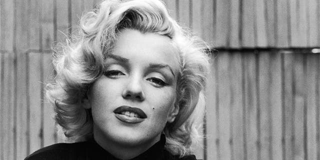 Don Murray remembers being 'totally taken aback by how important a movie star' Marilyn Monroe was.