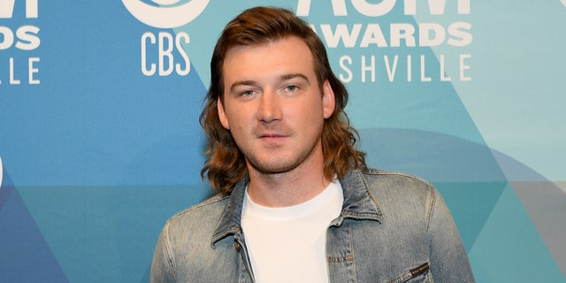 Morgan Wallen was set to perform on 'Saturday Night Live' before he was spotted at a crowded party during the coronavirus pandemic, and was pulled from the show. (Getty Images)