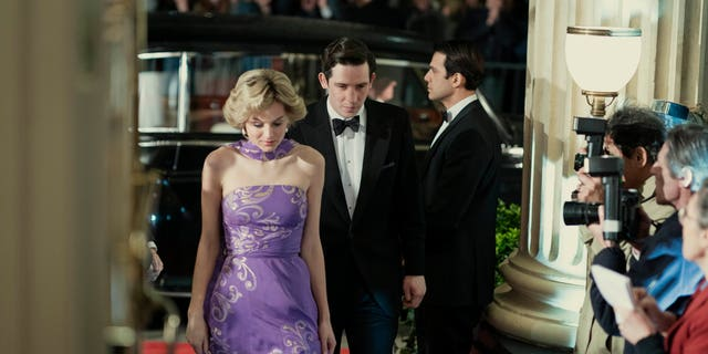 Princess Diana (Emma Corinne) and Prince Charles (Josh O'Connor)