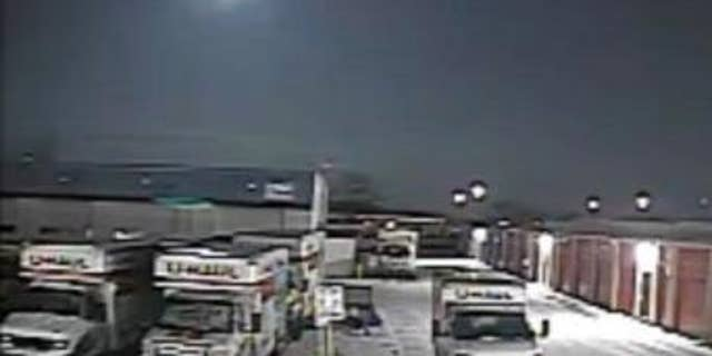 Security camera footage of the fireball in the sky over Toledo, Ohio (T. Masterson and the American Meteor Society)