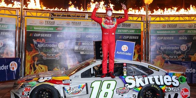 Kyle Busch wins Texas NASCAR playoff race 3 days after it started