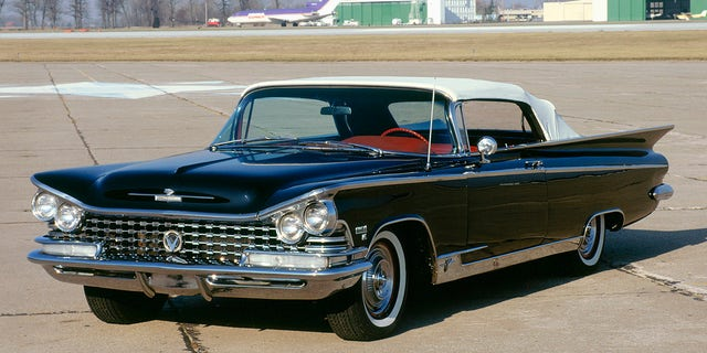 The Electra name was used on a series of models built from 1959 to 1990.