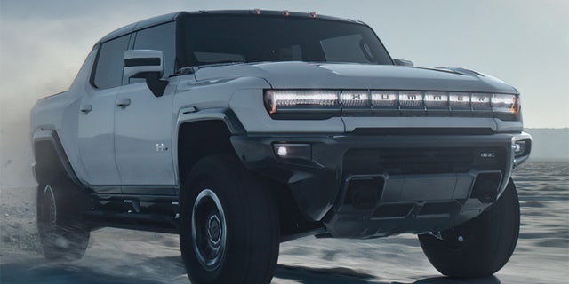 Electric GMC HUMMER EV 'Supertruck' revealed