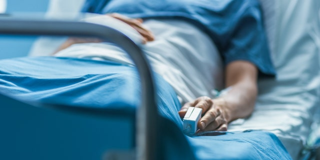 Hospitalized coronavirus patients were five times more likely to die than those hospitalized with the flu, according to a new report from the Centers for Disease Control and Prevention.<br>