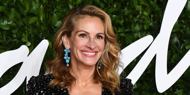 Julia Roberts has been using her Instagram account to reach out to voters.