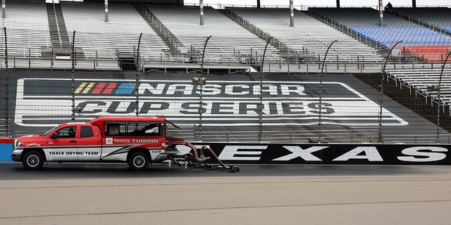 NASCAR Cup round at Texas postponed to Monday following rain