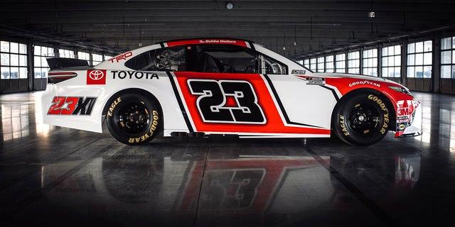 Michael Jordan's NASCAR Team Unveils Bubba Wallace's Race Car