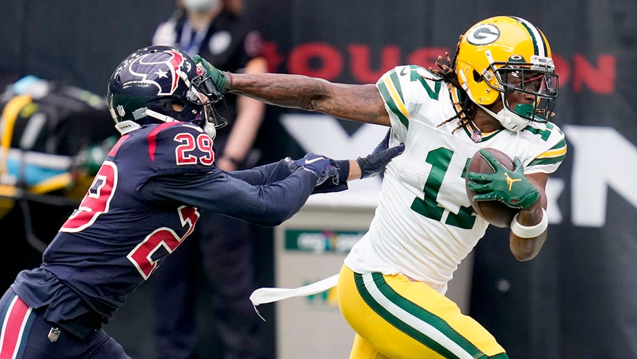 Packers star Davante Adams talks to Fox News about the Aaron Rodgers drama, his contract situation and more