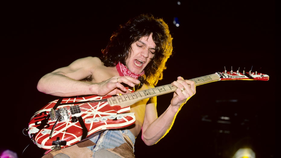 Billboard Music Awards pay tribute to Eddie Van Halen: 'A true giant was taken from us'