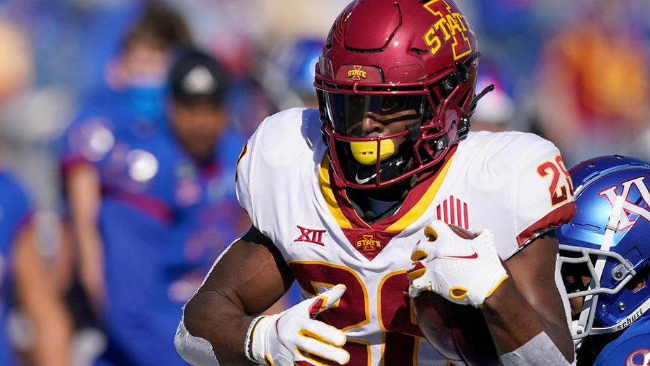Hall, Purdy lead No. 23 Iowa State to 52-22 romp over Kansas
