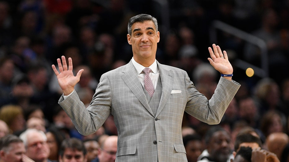 Villanova the Big East pick as league warily watches virus