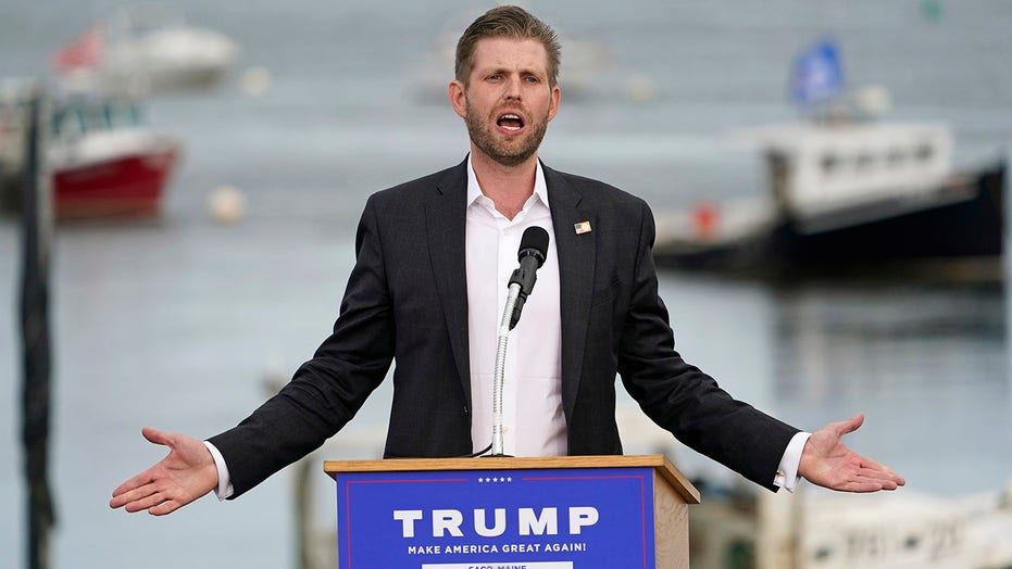 Eric Trump suggests presidential debates should have clear podiums to avoid use of notes