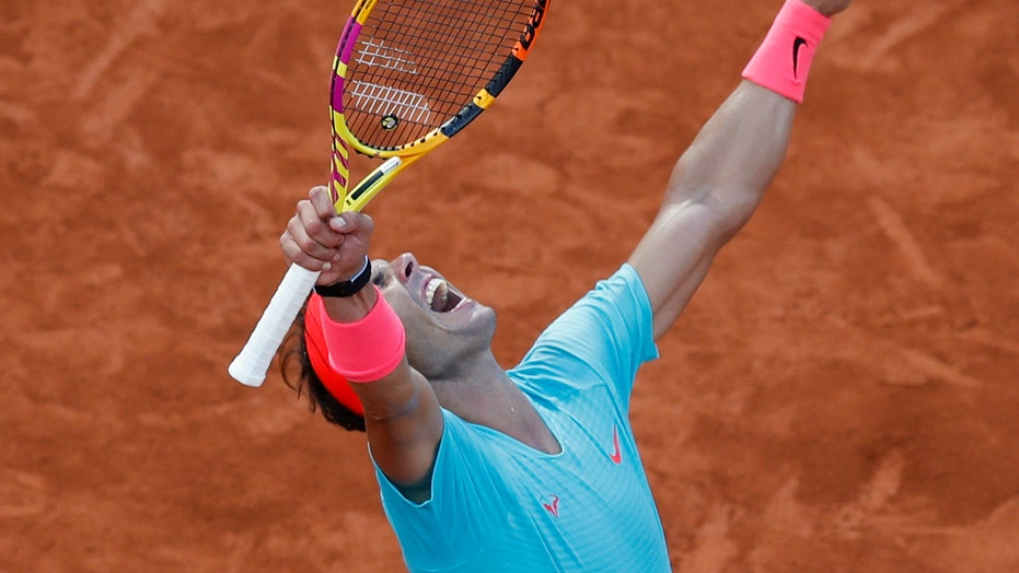 Nadal closes in on 13th French Open, Federer-tying 20th Slam