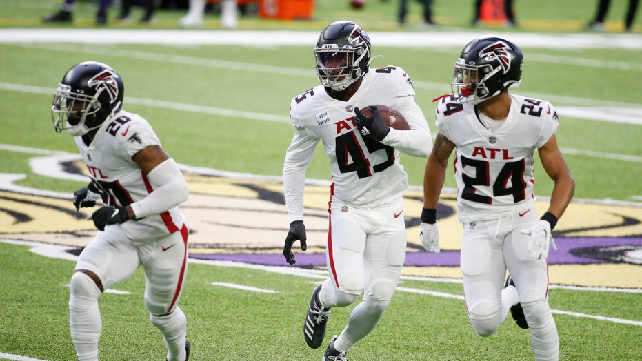 Falcons respond to Quinn firing with 40-23 win vs. Vikings