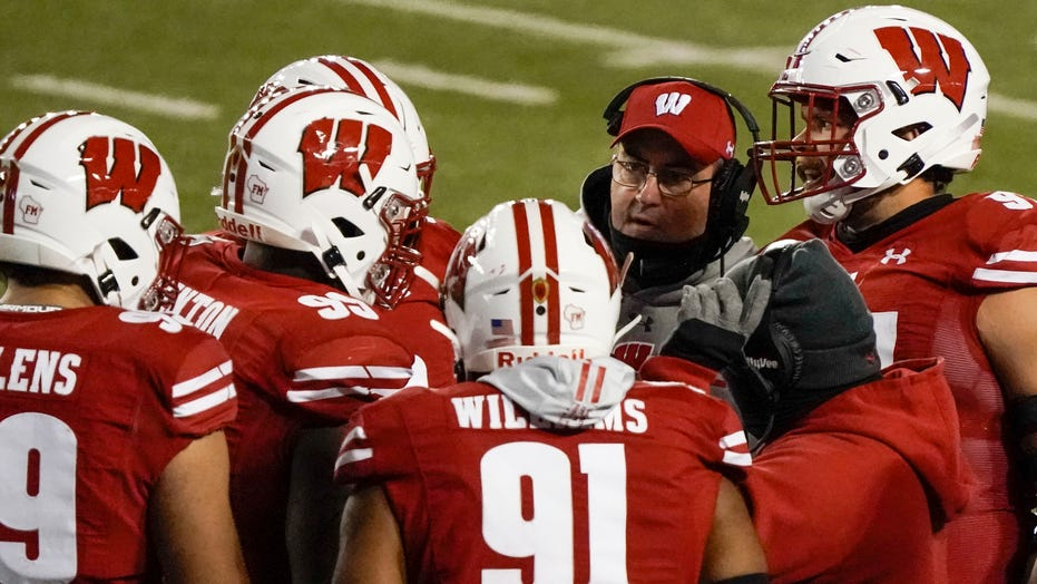 Wisconsin cancels Nebraska game after 12 positive COVID-19 cases, including coach Paul Chryst