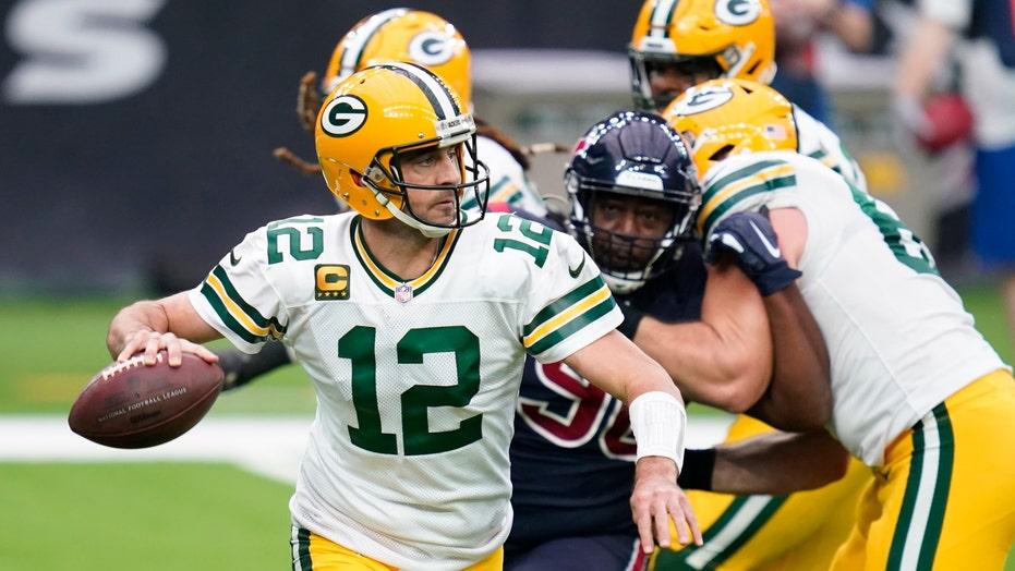 Aaron Rodgers, Davante Adams dominate in Packers' 35-20 win over Texans