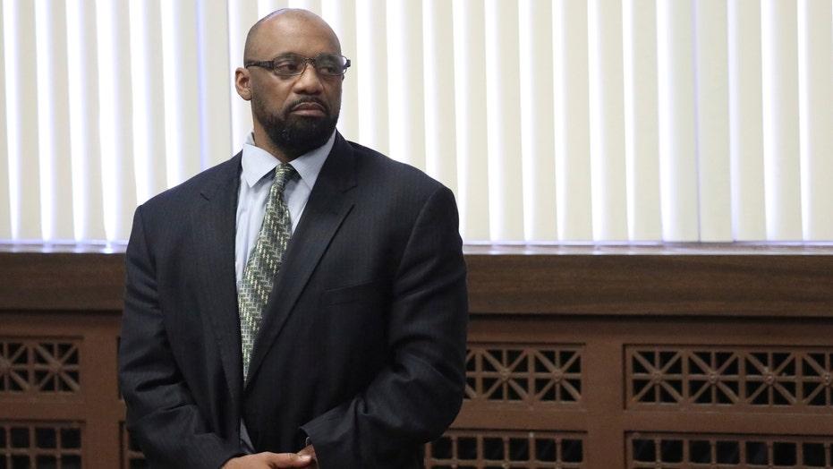 Polisieman in Chicago kry lewenslange vonnis in die dood van kmdt. Paul Bauer