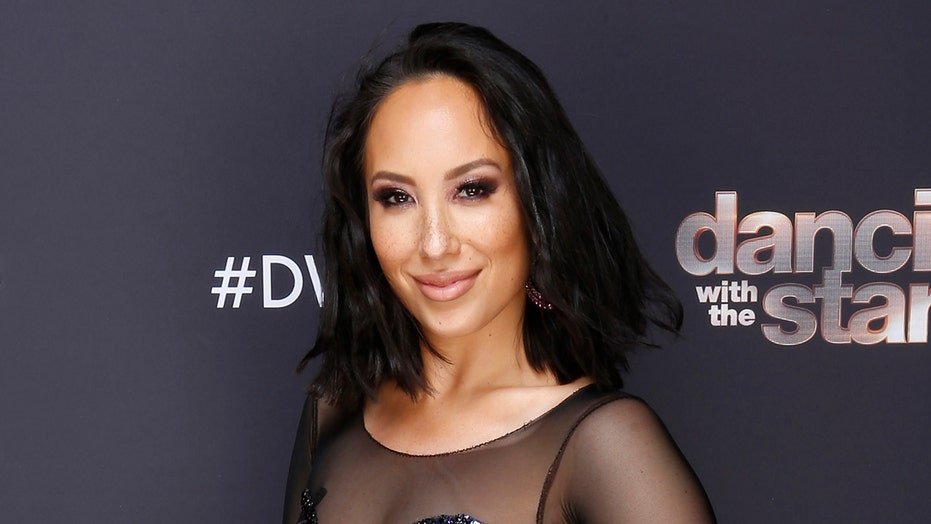 'Dancing with the Stars' pro Cheryl Burke suffers head injury while rehearsing