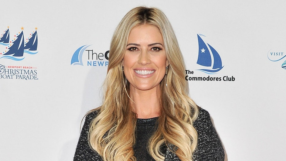 Christina Anstead says she's choosing 'peace' over 'nonsense' amid Ant Anstead split news