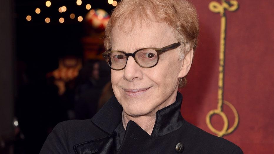 Ex-Oingo Boingo frontman Danny Elfman gets 'Happy' - a first in 36 年份
