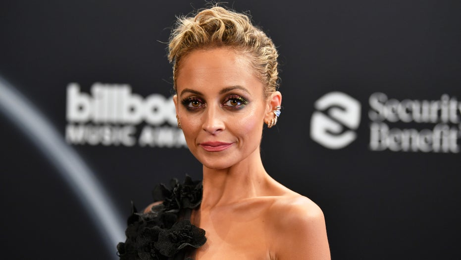 Nicole Richie steps out in sheer floral gown at Billboard Music Awards