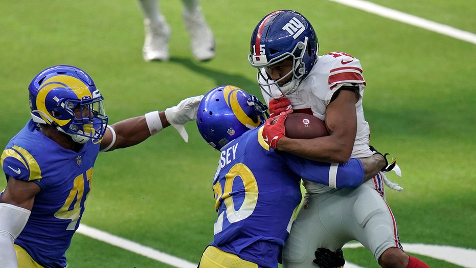 Jalen Ramsey, Golden Tate bad blood spills over at end of Rams-Giants game