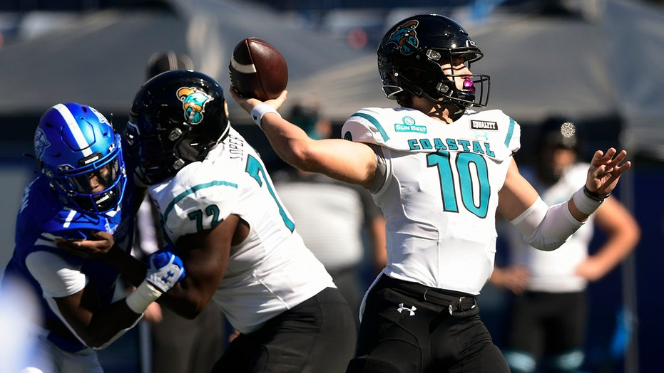Coastal Carolina's Grayson McCall pushed in facemask during blowout win vs. Georgia State