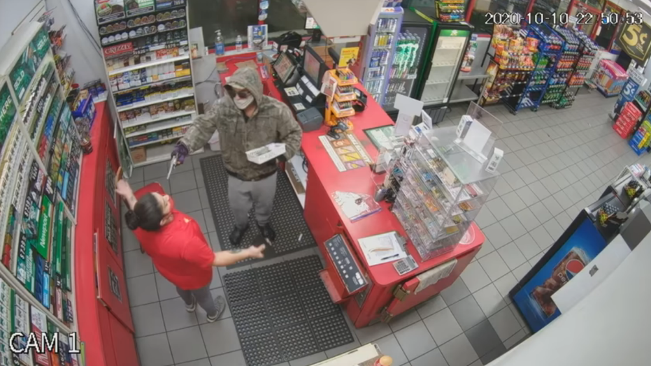 Armed robber fires gun in Florida store, tells clerk, 'The next one's for you'